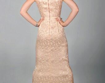 Vintage 50s meneo vestido brocado rosa Champagne oro metálico en relieve y bordado cuerpo equipada Con Retro fiesta noche Cocktail pequeño