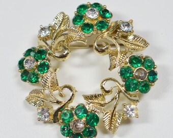 Vintage Rhinestone Brooch Green Clear Flower Rhinestone Pin Brooch Vintage Jewelry Vintage Pin Rhinestone Flower Wreath