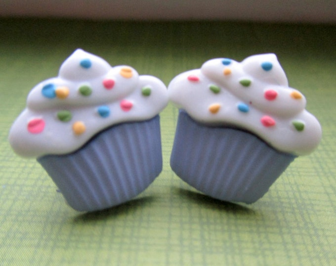 Blue Cupcake earrings-Little girls-sprinkles-Childrens Clip on earrings-Cupcake studs-Cake earrings-food earrings-kids-birthday party favors