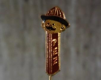 Fireman Pez Lapel Pin // 1976 // Fireman Badge