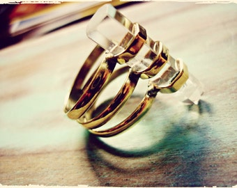 Cristal Clear, brass ring with Clear Quartz Point.