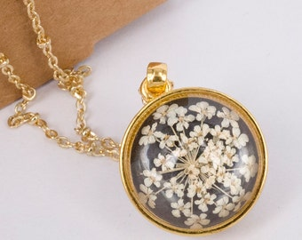 White queen anne's lace pressed flower Necklace, Handmade Resin Pendant with gold necklace