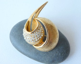 SALE, Gold Rhinestone  Brooch Modernist Vintage Big Gold Pin Big Modern Round  Brooch Rare 40's-50's, Costume Pin- Brooch, Costume Gold