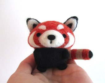 Needle Felted Red Panda, Needle Felted Animal, Felt Red Panda, Red Panda Plush, Wool Animal, Red Panda Art, Red Panda Figurine, Felted Panda