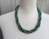 Dark green 3 strand glass necklace, pearl necklace, Wedding jewelry, chunky necklace, birthday gift, jewelry party, for her