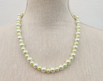 Ivory and pale green pearl necklace, Bridesmaid gift, bridesmaid necklace, wedding jewelry, Beaded necklace, Beaded jewelry, Wife gift