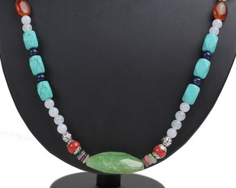 Collier Agates and Jade (2)