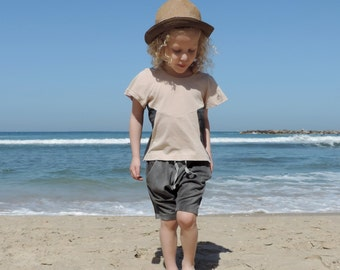 Girls Pink T-Shirt, Toddler T-Shirt, Toddler Summer Clothing, Hipster Girl Clothing, Girl Fashion, Powder Pink And Grey Colours