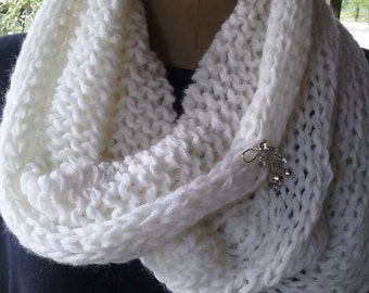 White Knitted Cowl with vintage rhinestone pin