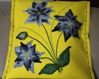 Grey/Black Flower Felt Cushion