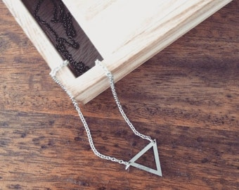 -TRIANGLE Necklace Steel