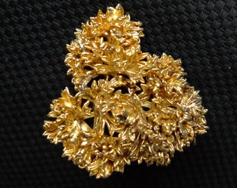 Flora Danica gold plated silver Parsley brooch