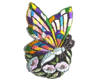 Applique, butterfly applique, 1930s vintage embroidered applique. Vintage floral patch, sewing supply. #5E6GCCK8