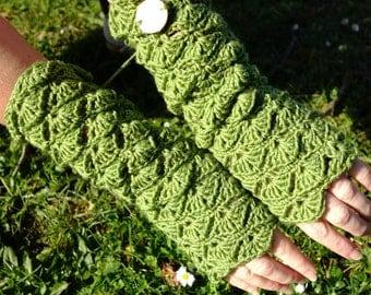 Crochet Fingerless Gloves, Crochet Mittens, Arm Warmers,  Lace Gloves, Lace Mittens, Boho Mittens, Green Mittens, Green Gloves