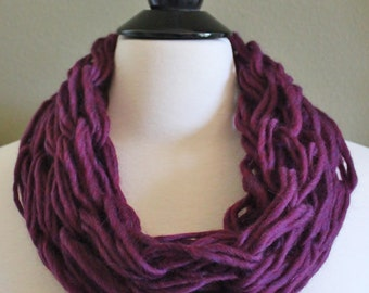 Small Plum Single Arm Knit Scarf
