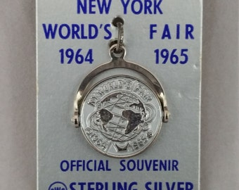 New York World's Fair / Official 1964-1965 Unisphere Collectible / United Stainless Steel  +++ Free Shipping
