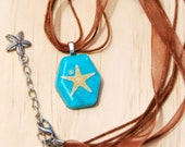Real seashell necklace, seashell necklace for a girl, beach jewelry pendant, turquoise necklace with real starfish, Christmas gift