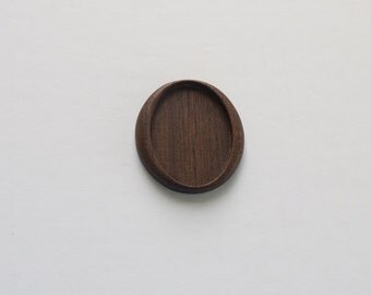 Highly detailed hardwood mounting bezel tray - Walnut - 30 x 40 mm cavity - (A20-W)