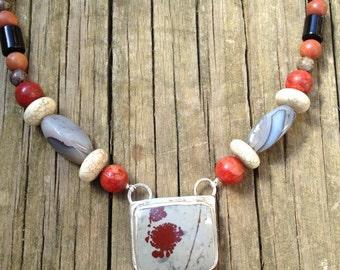 Calligraphic necklace