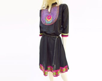 70s Ethnic Dress, Vintage Black Dress, Boho Embroidered, Tribal Vintage Dress, Black Ethnic Dress, Boho 1970s Dress, 70s Tribal Dress, L
