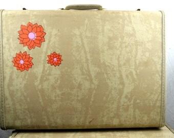 Vintage 1940s Flower Power Samsonite Luggage Suitcase