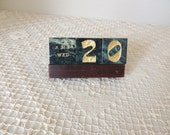 Beautiful Cube Dark Green Stones Perpetual Desk Calendar. Chinese and English Perpetual Semi-Precious Stone Calendar Paperweight