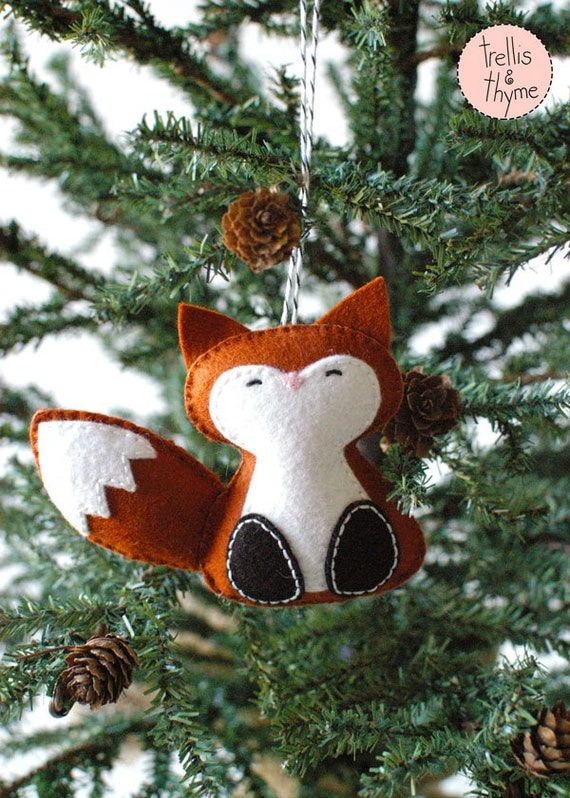 Pdf pattern woodland fox winter felt ornament pattern - How to make felt christmas decorations ...