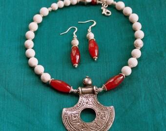 Tribal Jewelry, Gypsy Jewelry, Silver Pendant Necklace