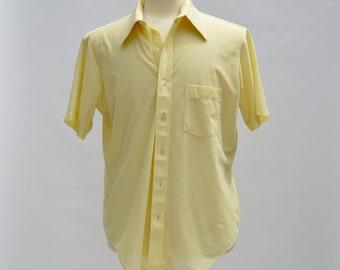 Vintage Arrow Yellow Fairfield Knit Sports Shirt 70s vintage Button Up Short Sleeve Men's Top 16.5 Large Men