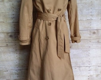 classic vintage trench coat double breasted chic fully lined camel khaki removable hood zip out lining wool felt plaid raincoat