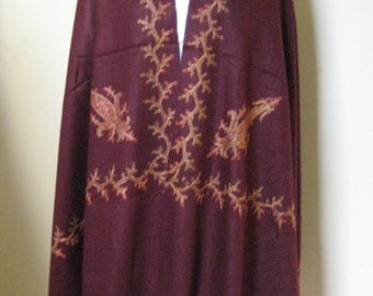 Kashmir Wool Shawl/Stole. Regency Style. Eggplant Purple, Paisley Hand Embroidered