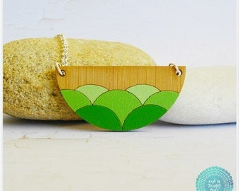 Ombre Green Wave Scallop Laser Cut Bamboo Wood Pendant Necklace