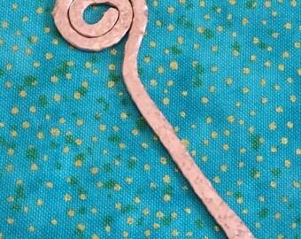 Small Shawl Pin