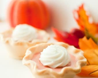 Pumpkin Pie Soap - Mini pumpkin pie - Vegan soap - dollop of whipped cream