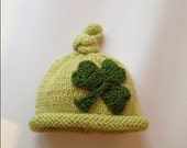 Newborn photo prop, St Patrick's Day  newborn hat with Crocheted Shamrock, photography props, newborn boy, newborn girl