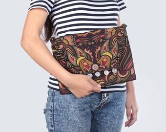 Handmade Flap Clutch Embroidered Fabric HMONG Thailand (BG306WB-20C39)