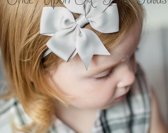 Gray Grosgrain Ribbon Bow - Summer Spring Photo Prop - Newborn Baby Hairbow - Little Girls Hair Bow Skinny Grey Silver Simple Accessory