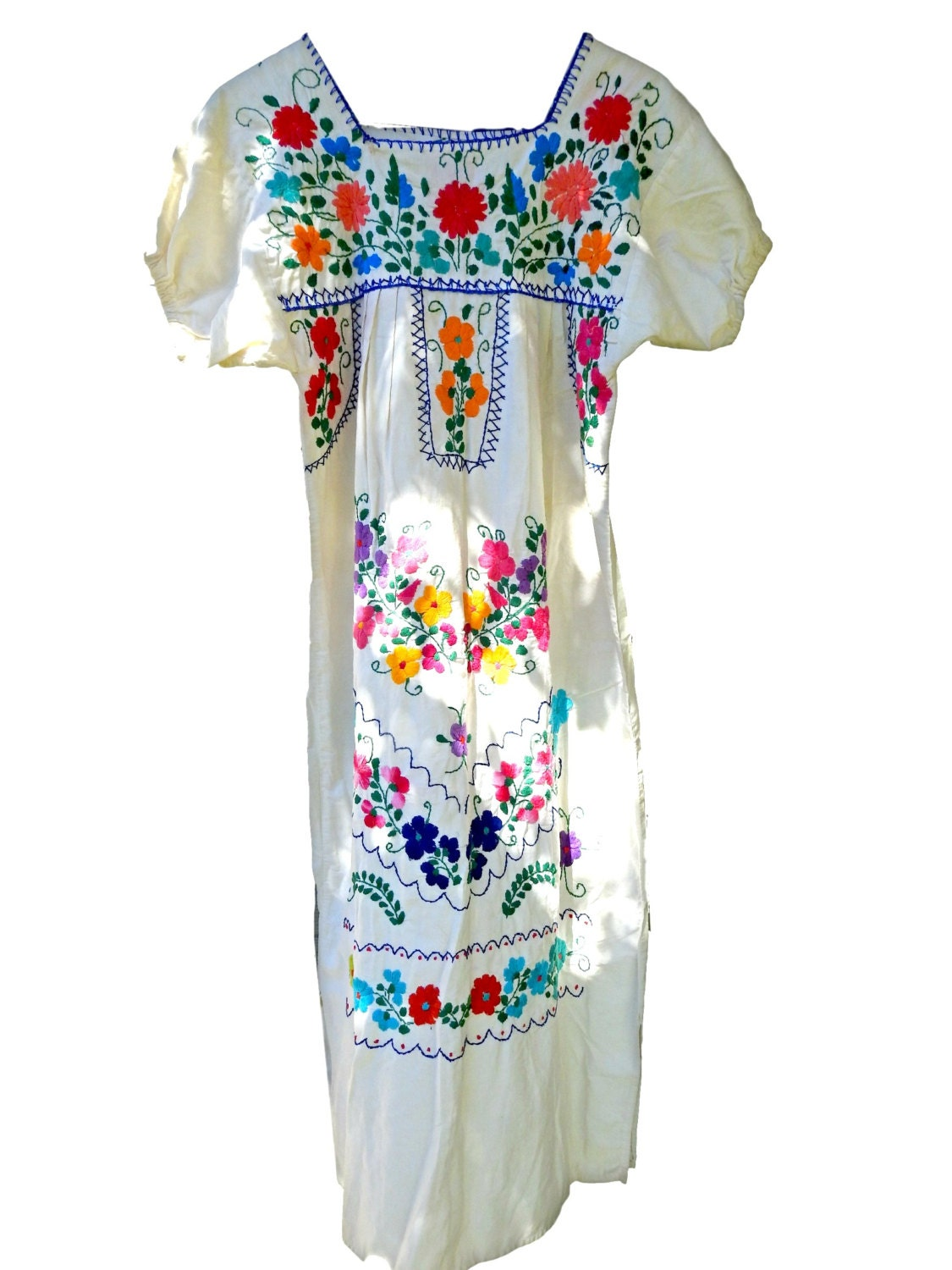 Vintage mexican embroidered dress beachy boho clothing white