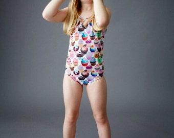CUPCAKES (White): Girl's Tank Swimsuit
