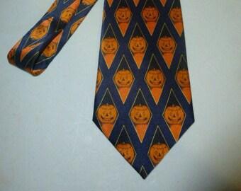 Mens Vintage Classy Halloween Jack O Lantern Pumpkin Silk Tie Necktie