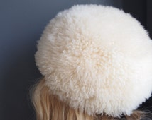 Vintage Sheepskin hat/70's hat/Afghan-style hat/Russian hat/shearling hat/animal skin hat/fur hat/trapper hat/mod hat/wool hat/sheepskin hat