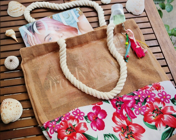 Hawaiian Wedding Gift Ideas: Guest Welcome Bags Hawaiian Style Wedding / Destination