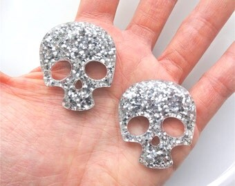 4 pcs - Silver Glitter Skull Resin Flatback Cabochon - 36mm - Kawaii - Kitsch - Decoden - Punk