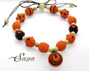 Halloween Orange Nursing Necklace, for mom&baby, Teething Wooden and crochet Necklace, Crochet Breastfeeding Jewelry, Summer gift, Holiday