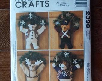 """14"""" Tall Bear Wreaths Patterns/ McCall's Crafts 2390/ Warm Fuzzy Winter, Soldier, Reindeer, Snowman & Sweater Bear Wreath/ Door Wall/ Uncut"""