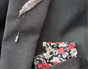 Men's lapel pin  - Stick pin Feather