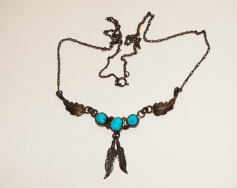 """Vintage Navajo Sterling Turquoise Delicate 18"""" Necklace."""