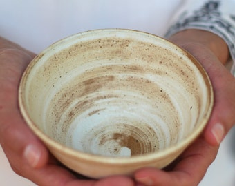 ceramic soup bowl, cereal bowl, white ceramic bowl, serving bowl, rustic bowl,pottery bowl,noodles bowl, ceramic bowl handmade pottery