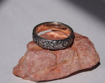 Floral Swirl Sterling Silver Patterned Ring.