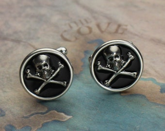 Silver Skull and Crossbones Cufflinks, Pirate Cufflinks, Skull and Crossbones Jewelry, Gifts For Men